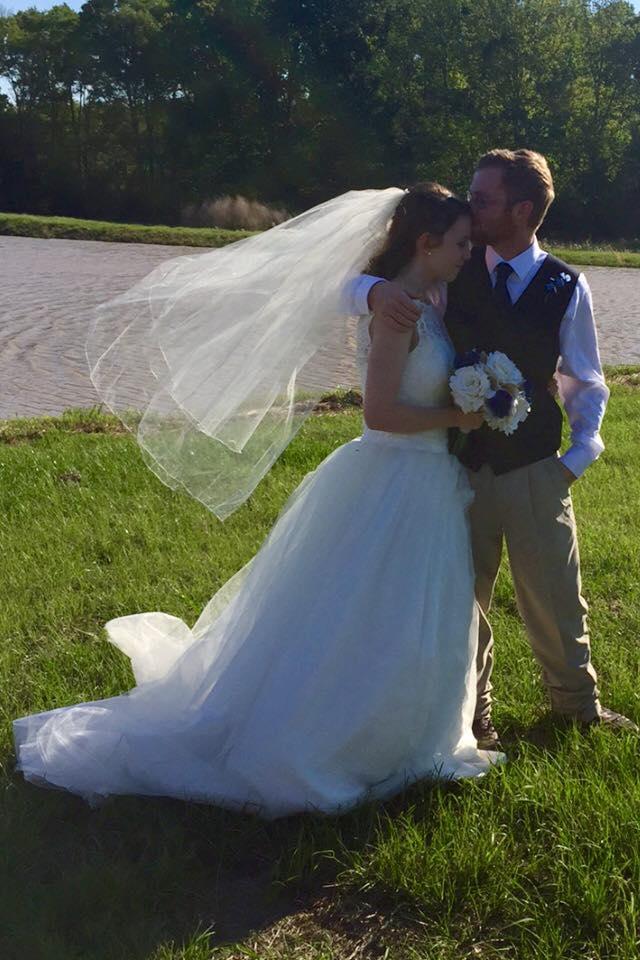 Planning the Backyard Wedding